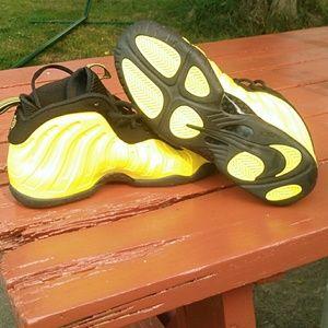 watch e10e0 57f15 Nike Shoes - Nike air Foamposite one, wu tang clan,6y or 7women